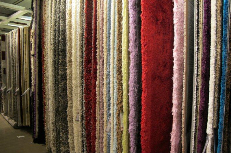 שטיחים ואריחים