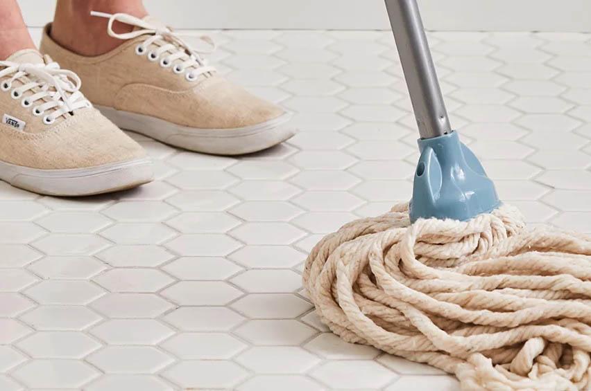 ניקוי אריחים – איך להוריד גם את הכתמים הקשים ביותר מאריחים